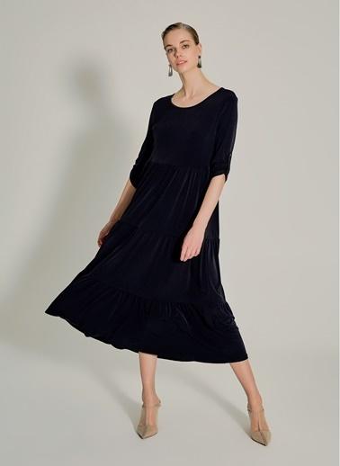 NGSTYLE Çok Katlı Örme Elbise Siyah